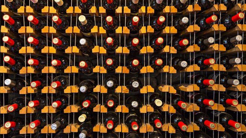 So wählt ihr die richtige Wein-Lagermethode und das dazu benötigte Zubehör